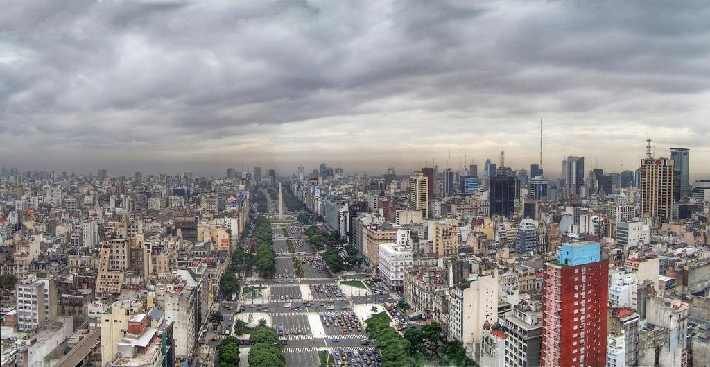 Avenida 9 de julio de Buenos Aires, la más ancha del mundo.
