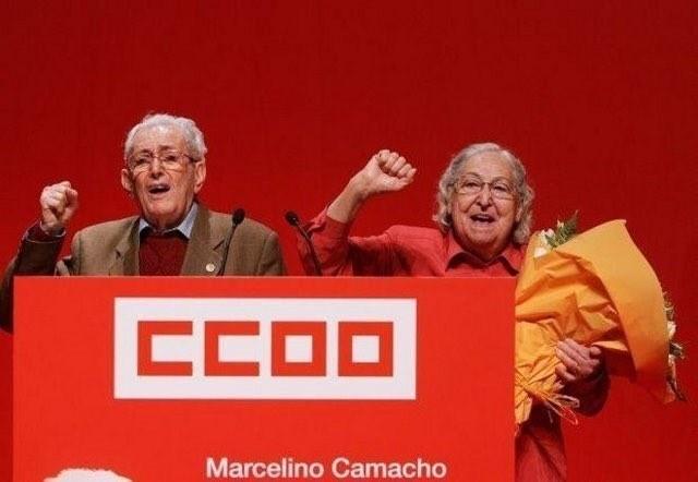 Marcelino Camacho y Josefina Samper,en un acto de Comisiones Obreras.