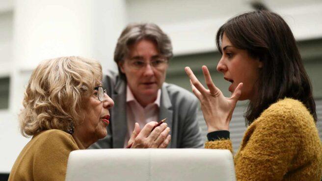 Carmena, Higueras y Maestre, en el Pleno del Ayuntamiento de Madrid.