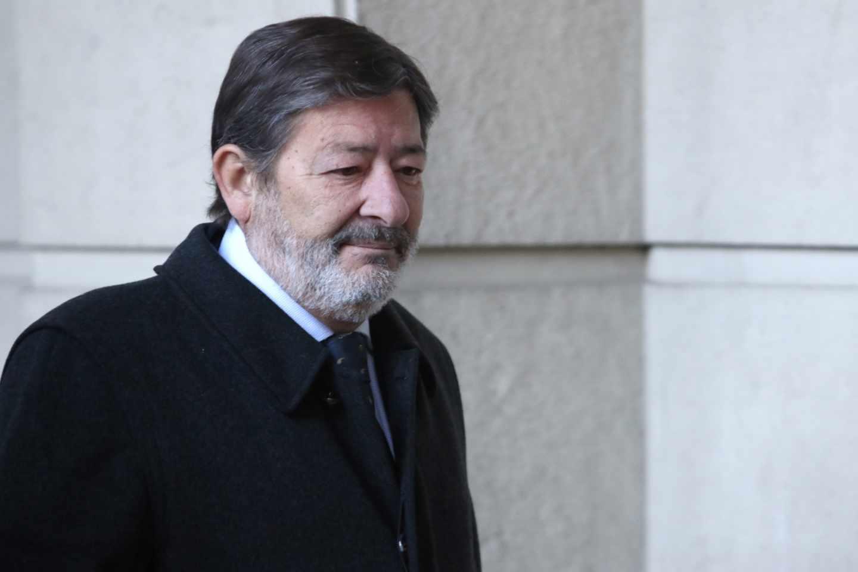 El ex director general de Trabajo de la Junta de Andalucía Javier Guerrero, dirigiéndose a la Audiencia del Sevilla para el 'caso ERE'.