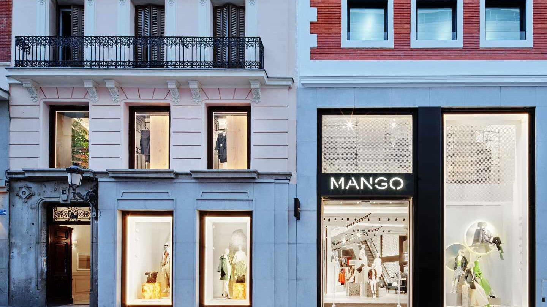 Tienda de Mango en Preciados (Madrid).