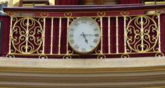 Reloj del Salón de plenos del Congreso de los Diputados.