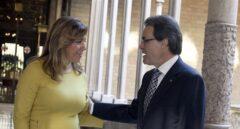 La presidenta de la Junta de Andalucía, Susana Díaz, en un encuentro con el entonces president de la Generalita, Artur Mas.