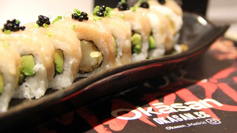 Toro roll, uramaki de ventresca de atún de Okasan, el japonés de Julián Mármol.