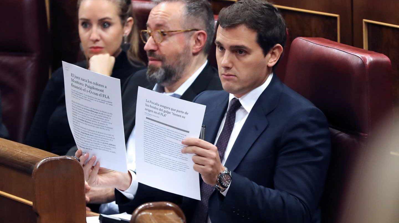 El líder de Ciudadanos, Albert Rivera, durante su intervención hoy en la sesión de control al Gobierno.
