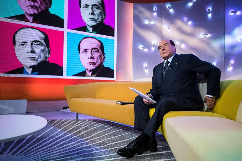 La última reencarnación de Berlusconi como salvador de Italia