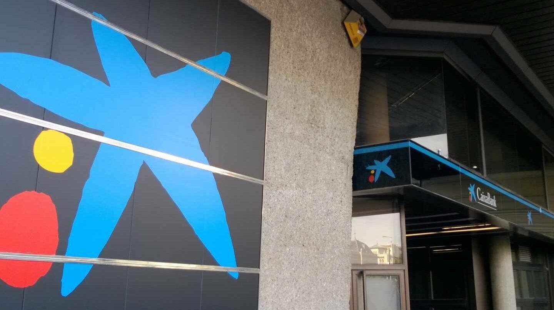 Caixabank y bankia se ahorrar n m s millones por no for Oficines caixabank