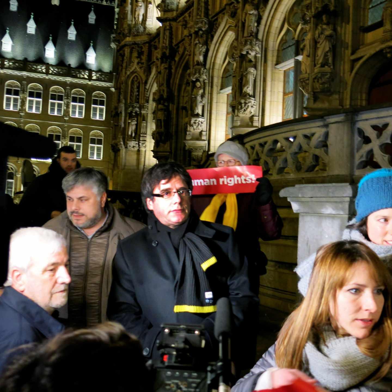 El expresidente catalán Carles Puigdemont durante una concentración en la localidad belga de Lovaina (Bélgica) organizada por la Asamblea Nacional Catalana.