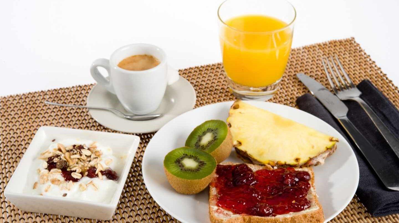 Sólo uno de cada cuatro personas realizan un desayuno completo.
