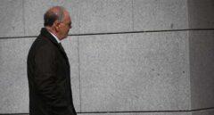El juez que investiga el caso del pendrive de los Pujol cita al policía al que señaló Villarejo