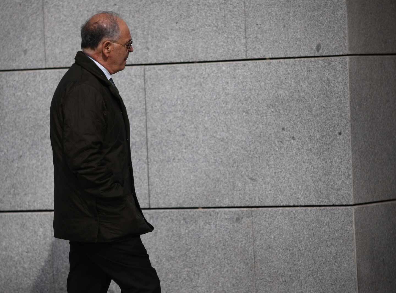 Eugenio Pino, ex 'número dos' de la Policía Nacional, dirigiéndose a declarar a la Audiencia Nacional.