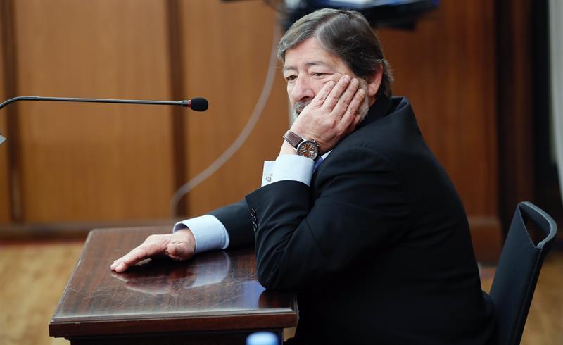 Javier Guerrero, pensativo, este martes en un momento de la sesión del juicio por el 'caso ERE'.