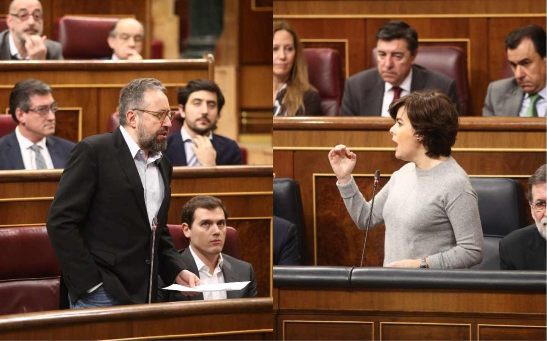 El portavoz de Ciudadanos, Juan Carlos Girauta, y la vicepresidenta del Gobierno, Soraya Sáenz de Santamaría, durante un rifirrafe en la sesión de control del Congreso.