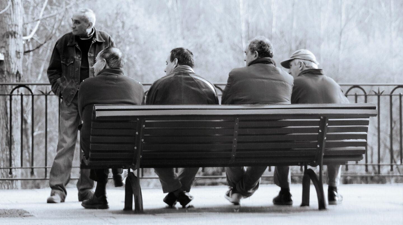 Los mayores de 50 años tienen más dificultades para salir del desempleo.
