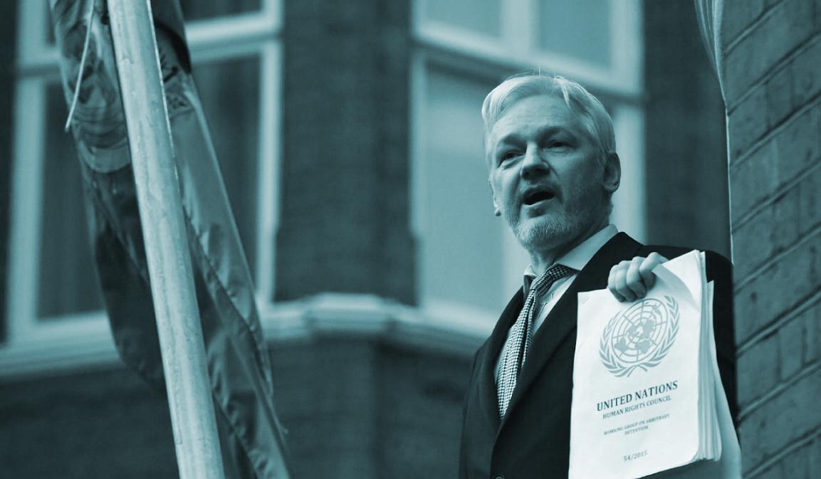 El fundador de Wikileaks, Julian Assange. en su refugio en la embajada de Ecuador en Londres.