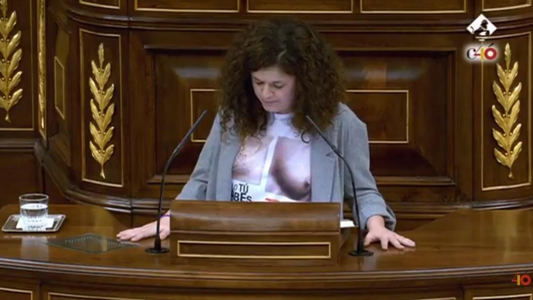 Diputada de Unidos Podemos en el Congreso.