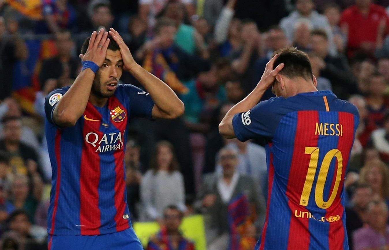 Los jugadores del FC Barcelona Luis Suárez y Leo Messi.