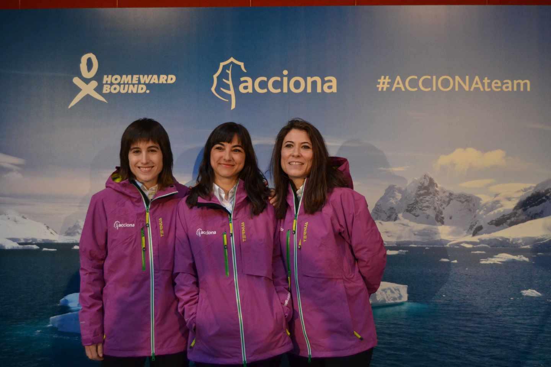 Uxúa López, Alicia Pérez Porro y Alexandra Dubini.