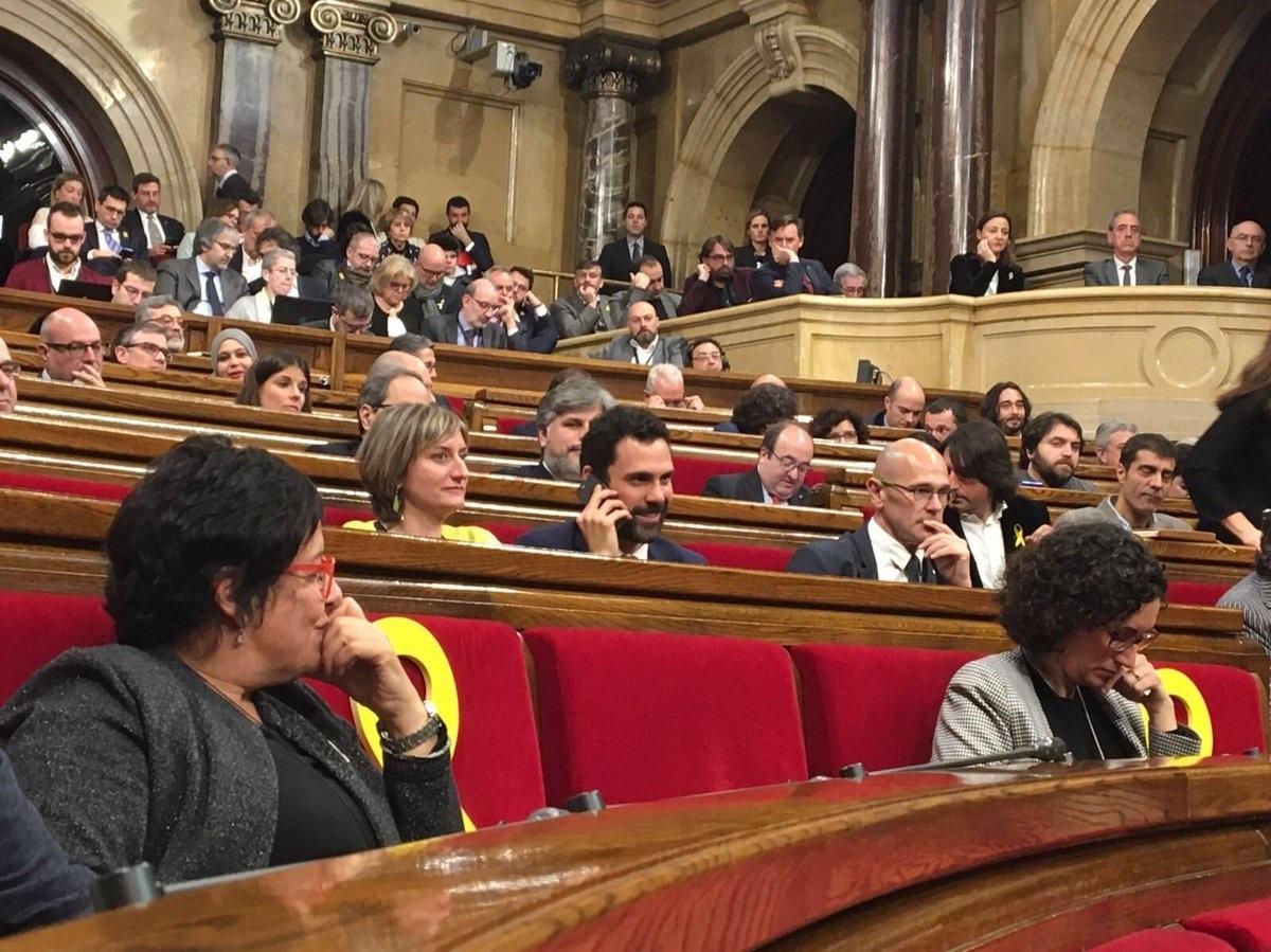 ERC y Junts per Catalunya rompen las negociaciones para la investidura del presidente de la Generalitat.
