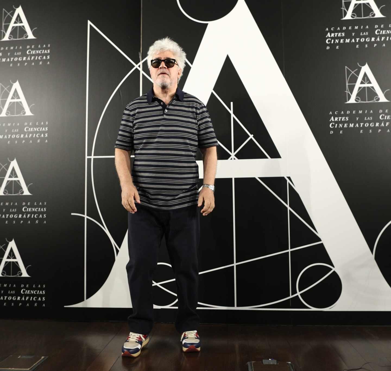 El dramaturgo Pedro Almodóvar, en la Academia del Cine.