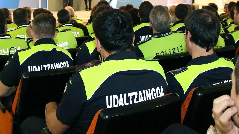 Policías locales de San Sebastián.