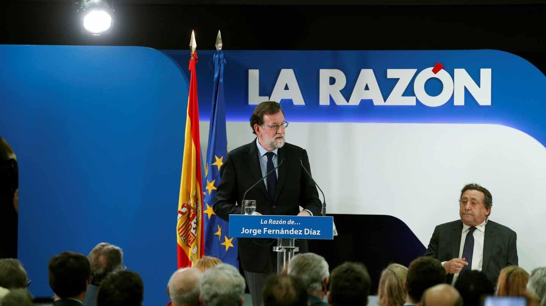 El presidente del Gobierno, Mariano Rajoy, en un encuentro en La Razón.