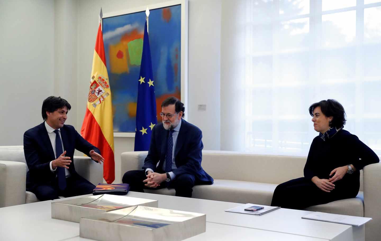 José Rosiñol, Mariano Rajoy y Soraya Sáenz de Santamaría.