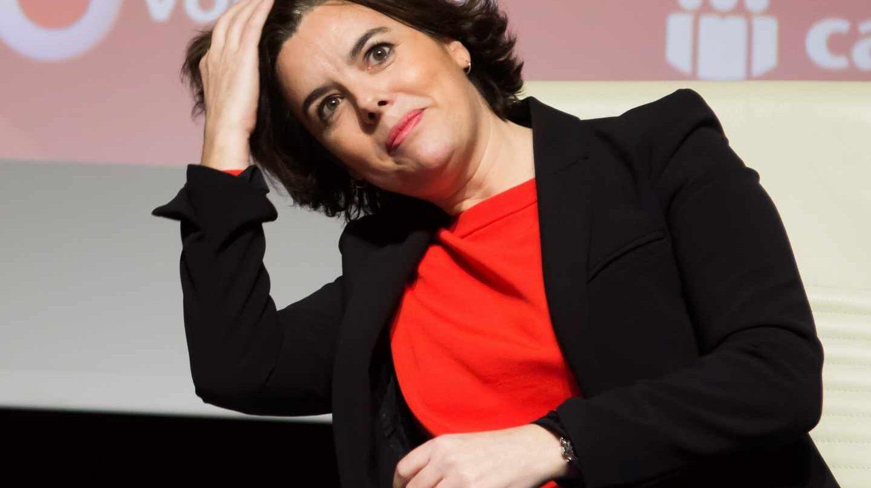 La vicepresidenta del Gobierno, Soraya Sáenz de Santamaría, durante un encuentro con empresarios.