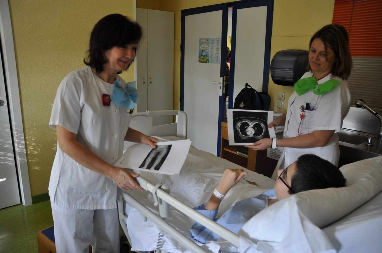 Un niño ingresado en el Hospital Niño Jesús de Madrid.