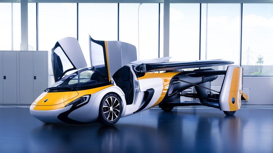 Aeromobil biplaza. También hay modelo para 4 pasajeros.