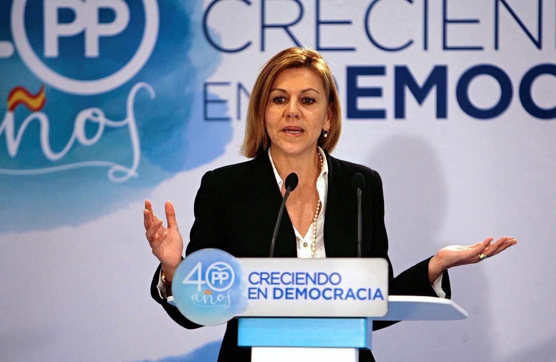 La secretaria general del PP y ministra de Defensa, María Dolores de Cospedal