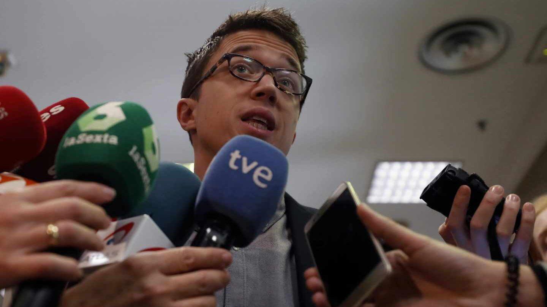 Iñigo Errejón, en declaraciones a periodistas en el Congreso.