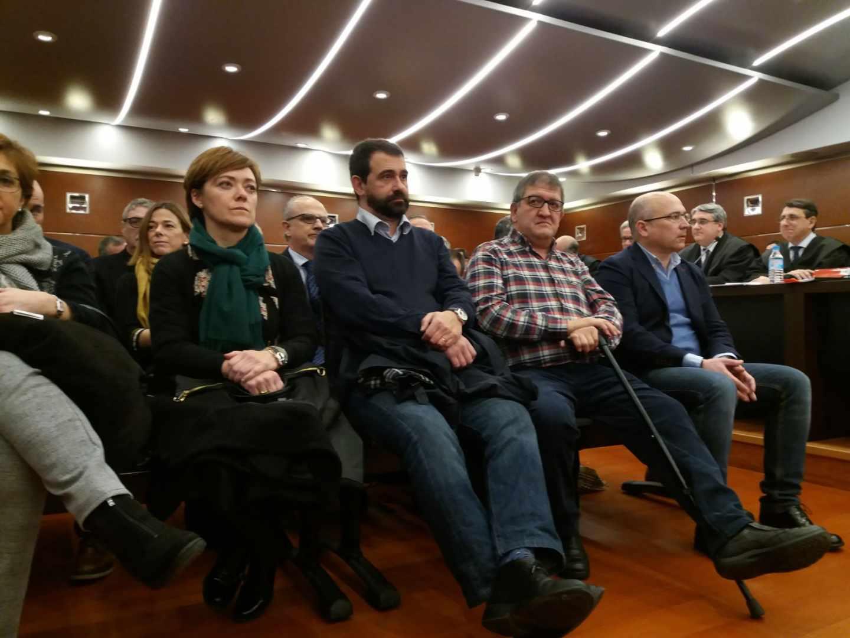 Ex altos cargos del PNV declaran ante el juez por el 'Caso de Miguel'.