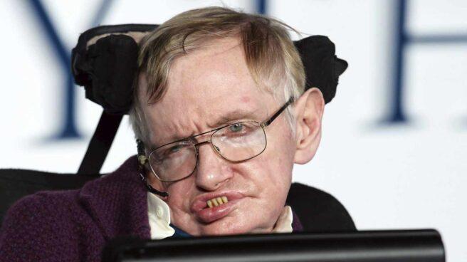 El físico británico Stephen Hawking en el estreno de una película en diciembre de 2014.
