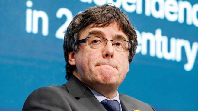 El expresidente de la Generalitat de Cataluña Carles Puigdemont participa en un debate sobre la cuestión de la independencia en Europa en el siglo XXI, en el Instituto de Altos Estudios Internacionales de Ginebra, Suiza