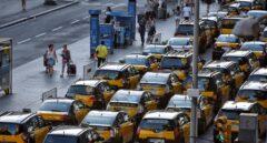 """Uber ultima su vuelta a Barcelona y el sector del Taxi amenaza: """"Bienvenidos al infierno"""""""