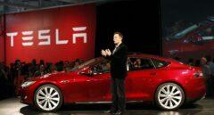 Elon Musk salva su cargo en Tesla tras el órdago del mayor fondo del mundo