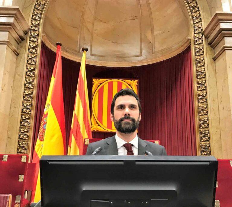 Torrent firma el fin de la legislatura catalana sin una fecha segura para las elecciones
