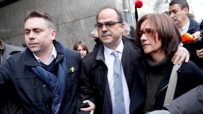 Jordi Turull llega al Supremo junto a su esposa, el 23 de marzo de 2018, antes de ser enviado a prisión.