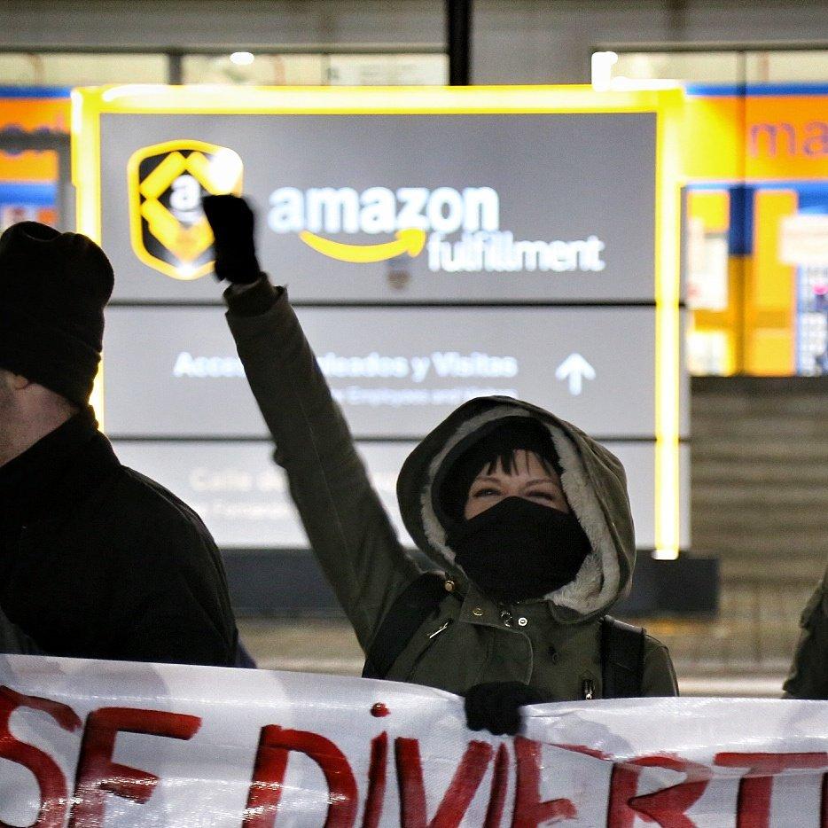 El 98% de los trabajadores de Amazon secunda la huelga.