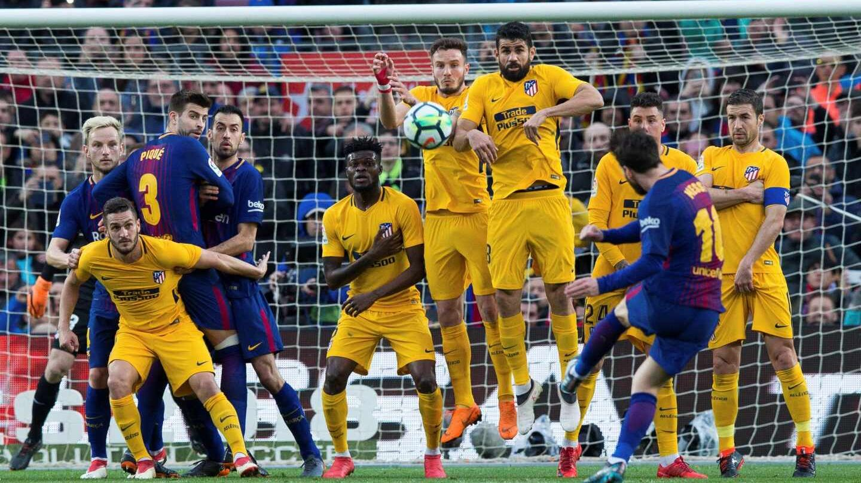 Un partido de Liga entre el FC Barcelona y el Atlético de Madrid.