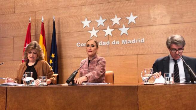 La presidente de la Comunidad de Madrid, Cristina Cifuentes, tras el Consejo de Gobierno.