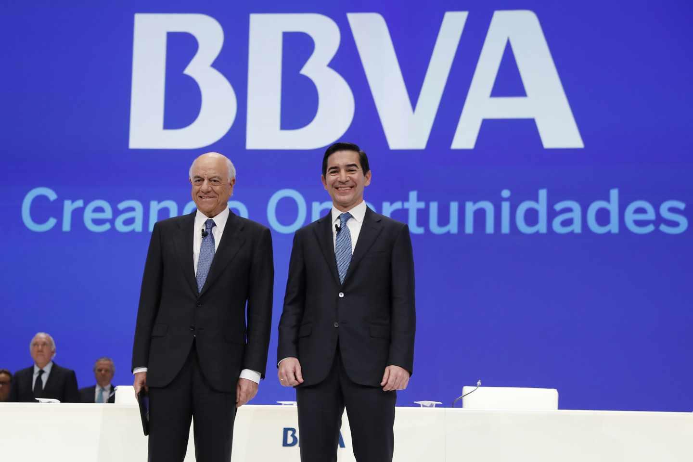 Francisco González, presidente de BBVA, y Carlos Torres Vila, consejero delegado, en la Junta General de Accionistas celebrada en Bilbao.
