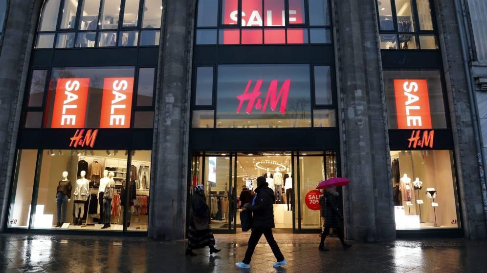 H&M agudiza su declive y se hunde en mínimos desde 2005.