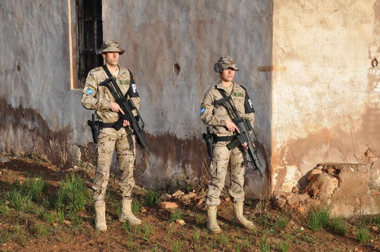 Los celíacos denuncian que están excluidos de las Fuerzas Armadas.