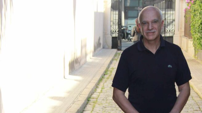 Eduardo Pascual, junto a su oficina barcelonesa en una imagen tomada en octubre de 2014.