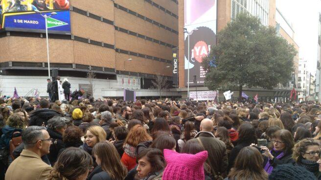 Concentración en Callao de #LasPeriodistasParamos.