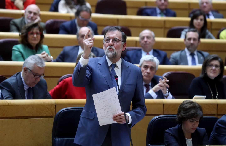 """Rajoy desautoriza a Tejerina y rechaza la idea de hacer """"huelga a la japonesa"""" el 8 de marzo"""