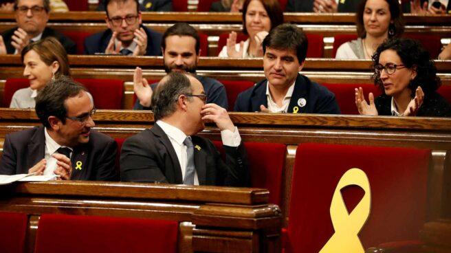 Jordi Turull habla con Marta Rovira.