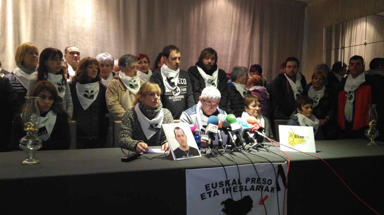 Rueda de prensa de Etxerat por la muerte del preso de ETA Xabier Rey.